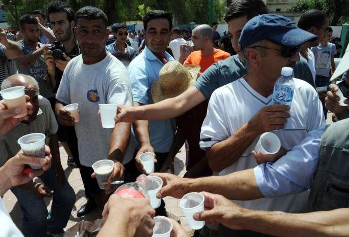 Les participants du déjeuner du 3 août à Titi Ouzou dénoncent