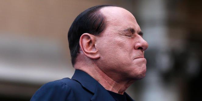 L'ancien président du conseil italien Silvio Berlusconi au cours d'un meeting à Rome, le 4 août. Jeudi 1er août, la Cour de cassation italienne a confirmé dans l'affaire Mediaset la condamnation du Cavaliere à quatre ans de prison et cinq ans d'interdiction d'exercer une fonction publique.