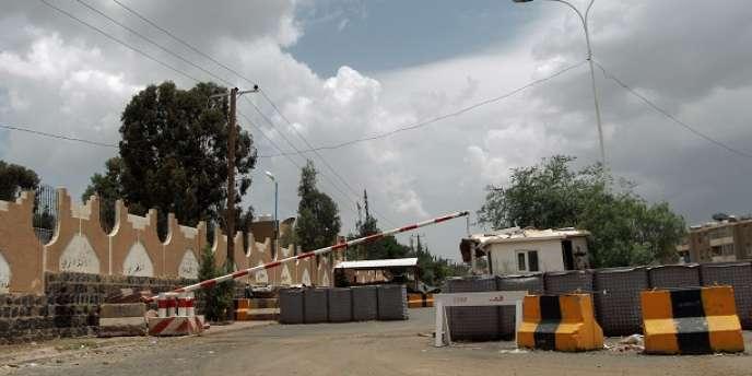 Aux abords de l'ambassade américaine à Sanaa, le 3 août.