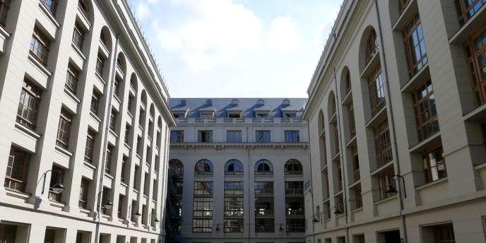 Un conflit oppose l'architecte de la construction en partenariat public-privé de la deuxième tranche du campus de l'université Paris-Diderot et Vinci Construction.