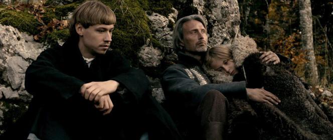 David Kross, Mads Mikkelsen et Mélusine Mayance dans le film français d'Arnaud des Pallières,