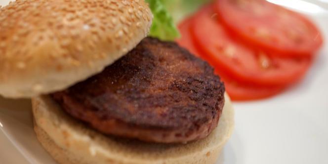 Steack de viande fabriqué à partir de cellules souches in vitro.