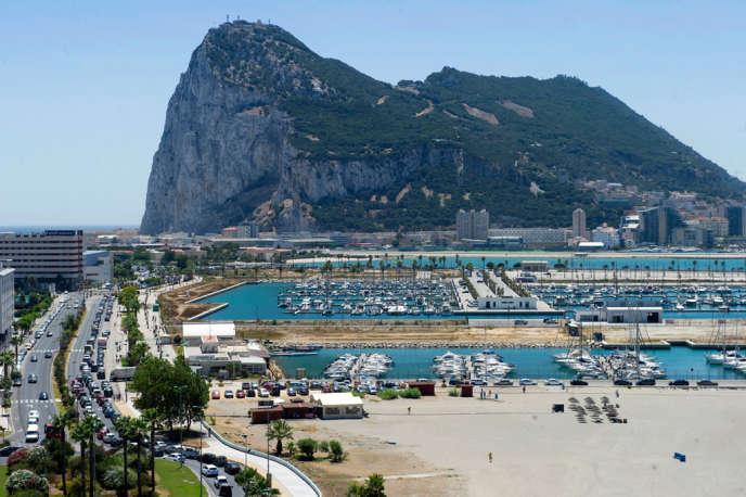 File d'attente entre La Linea de la Concepcion, en Espagne, et Gibraltar, en août 2013.