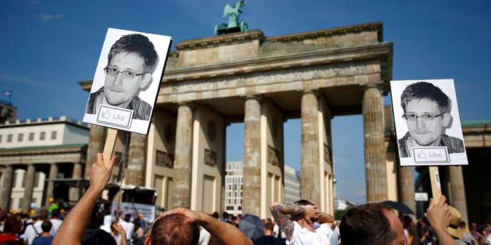 Manifestation en soutien à Edward Snowden, le 27 juillet.