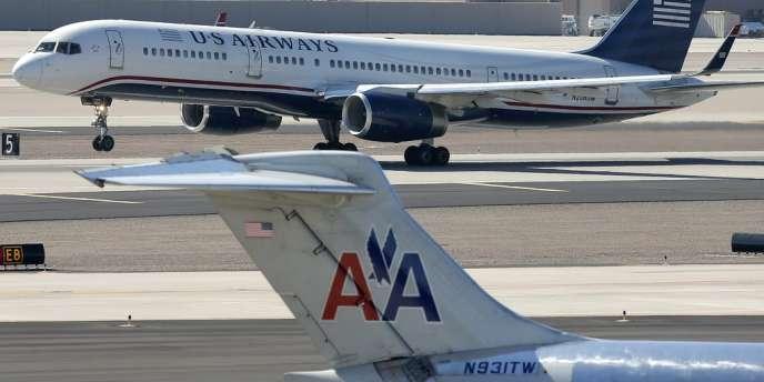 En fusionnant avec US Airways, American Airlines se propulse en tête des compagnies mondiales.