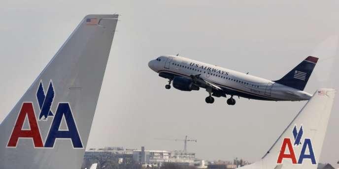 Le mariage entre American Airlines et US Airways a été bloqué par une plainte du département de la justice américain, pour entrave à la concurrence.