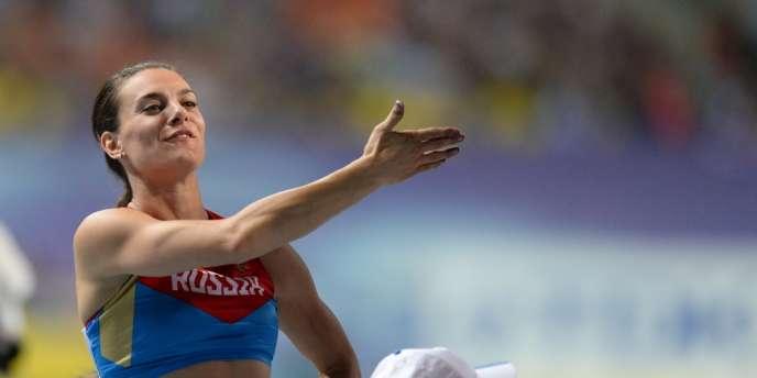 La championne russe récuse le procès en homophobie suite à ses propos en soutien à la loi qui punit de lourdes amendes la