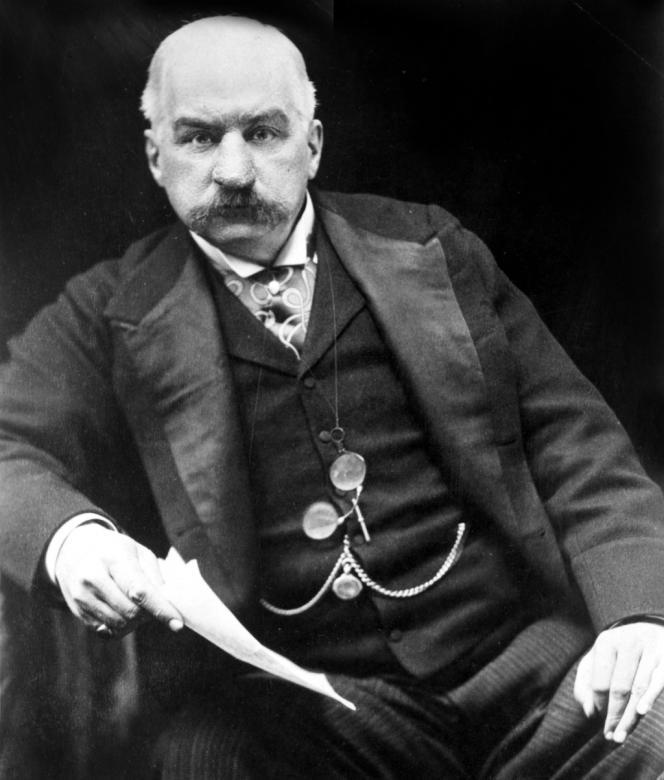 Le financier et banquier américain John Pierpont Morgan (1837-1913) vers 1902.