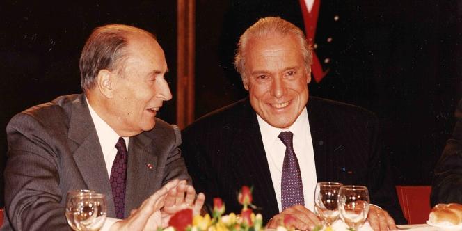 Jean Kahn et le président François Mitterrand à Strasbourg, le 5 octobre 1991.