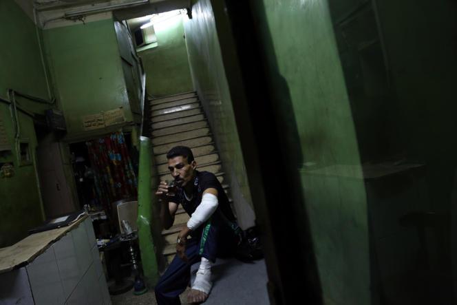 Près de la place Ramses, le 17 août. Mahmoud dit avoir été blessé par des pro-Morsi lors des affrontement du 16 août.