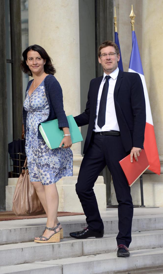 La ministre du logement, Cécile Duflot, s'oppose aux prises de position de Manuel Valls, notamment sur l'immigration et la politique pénale.