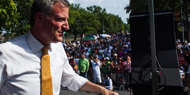 Bill De Blasio, candidat à la mairie de New York, en campagne dans le quartier du Bronx le 17 août.