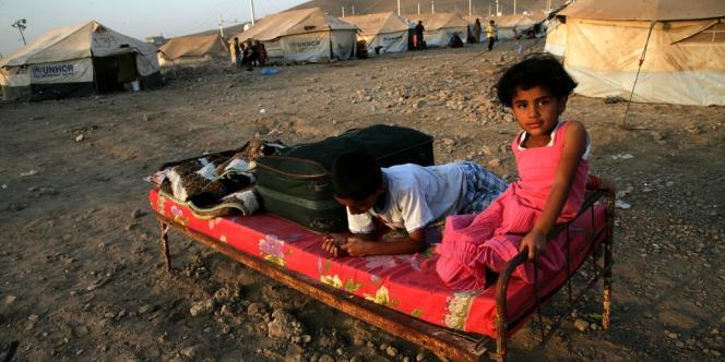 Les enfants constituent au moins la moitié des réfugiés syriens, selon les chiffres des Nations unies.