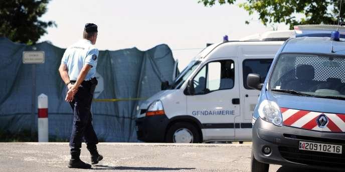 Deux corps calcinés ont été trouvés dans un véhicule le 22 août à L'Isle-sur-la-Sorgue (Vaucluse).