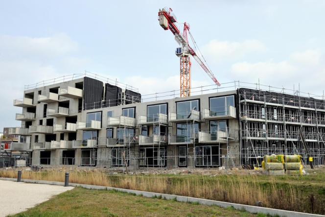 Construction d'appartements en France.