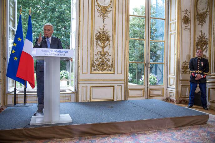 Jean-Marc Ayrault annonce les détails de sa réforme des retraites à Matignon, le 27 août.