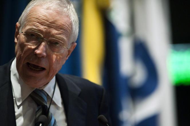Le prix Nobel d'économie Edmund Phelps en 2011 au Brésil.