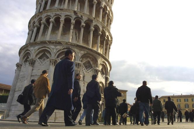 La tour de Pise se serait redressée de 2,5 cm.