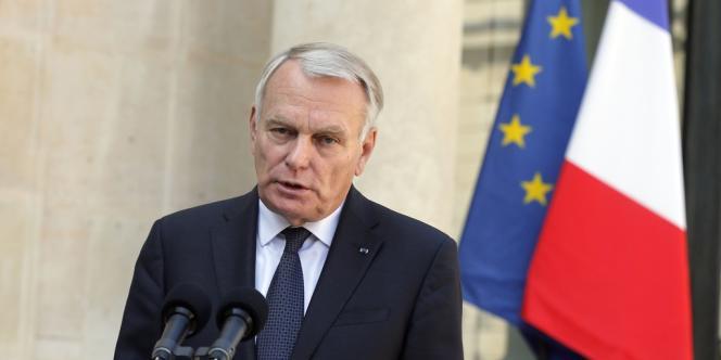 Jean-Marc Ayrault s'est exprimé à la fin de la réunion d'arbitrage avec le chef de l'Etat, Christiane Taubira et Manuel Valls.