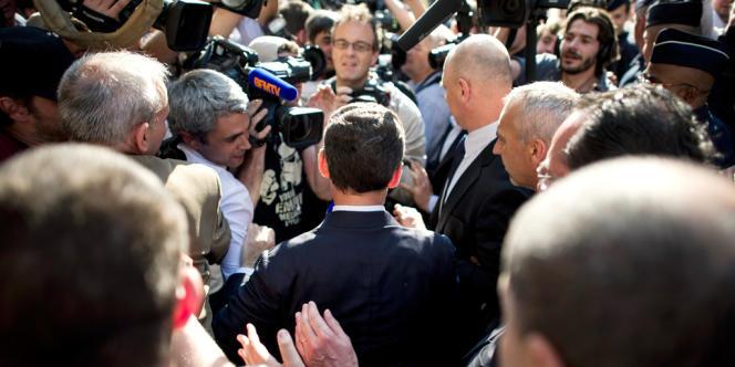 L'ancien président Nicolas Sarkozy lors de son passage au siège de l'UMP le 8 juillet.