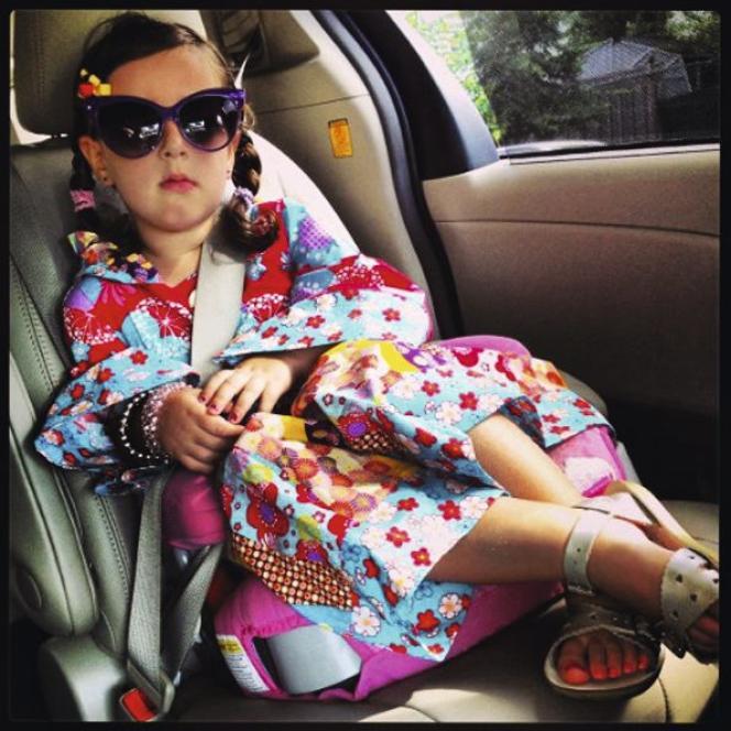 Les blogs tel Planet Awesome Kid mettent en avant des enfants habillés de vêtements de marques.