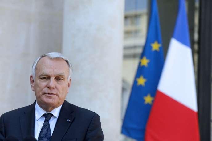 Cette rencontre intervient alors que François Hollande subit depuis samedi la pression de l'opposition pour qu'un vote soit organisé au Parlement sur la perspective d'une frappe contre le régime d'Assad.