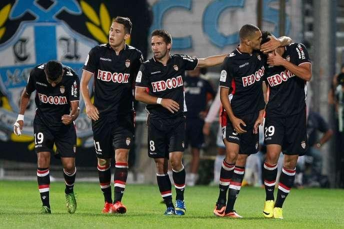 L'équipe de Monaco, après sa victoire contre les Marseillais, dimanche 1er septembre au stade Vélodrome.