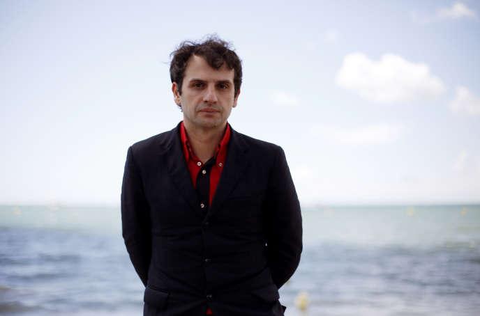 Le réalisateur Serge Bozon lors de la présentation de son film