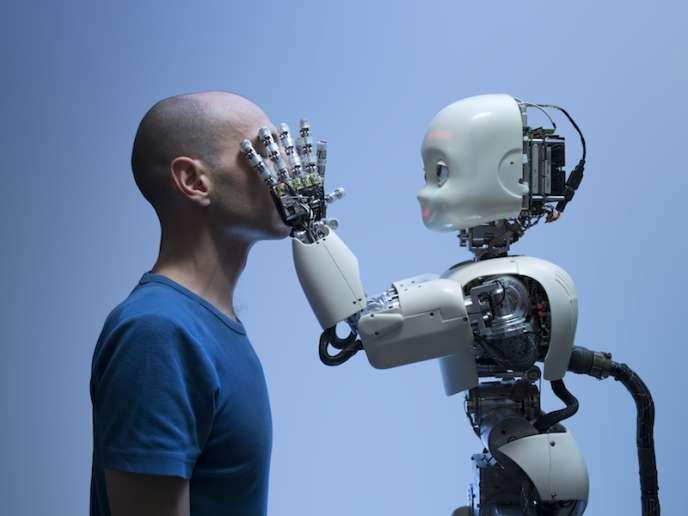Robot iCub à l'Institut des systèmes intelligents et de robotique (ISIR), université Paris-VI.