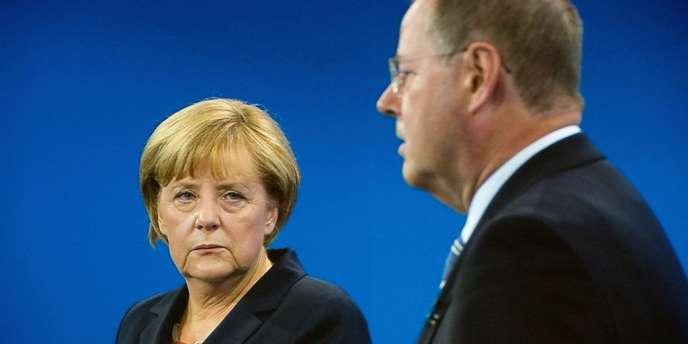 Angela Merkel et Peer Steinbrück, le 1er septembre à Berlin, pendant le débat télévisé.