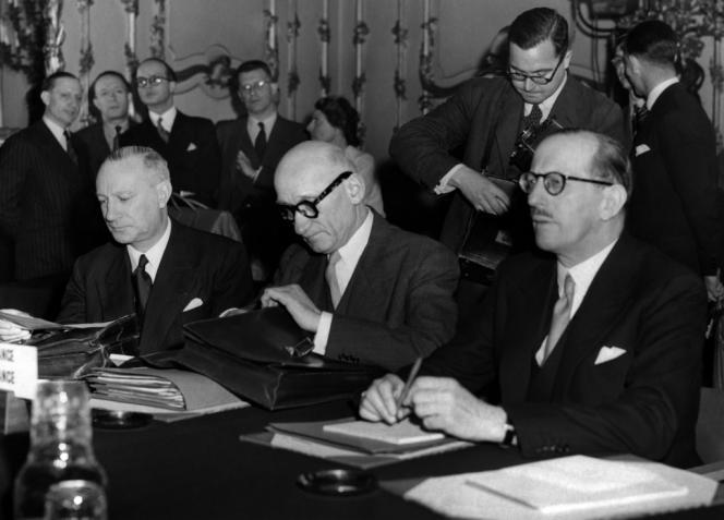 Robert Schuman, à la conférence des ministres des affaires étrangères, à Londres, le 11 mai 1950.