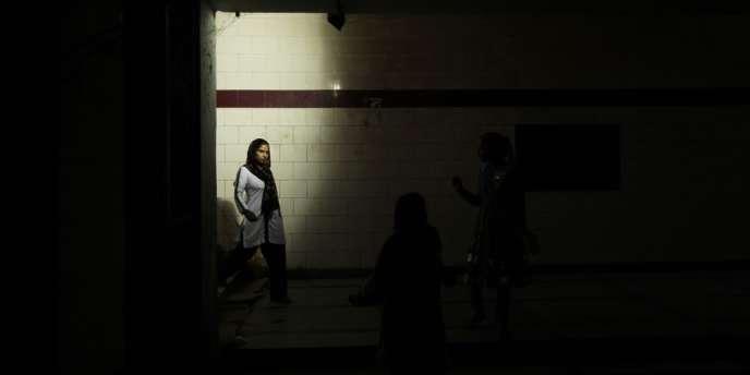 Selon le Bureau national des registres criminels, 8 233 femmes sont mortes l'année dernière à la suite de disputes liées à la coutume de la dot.