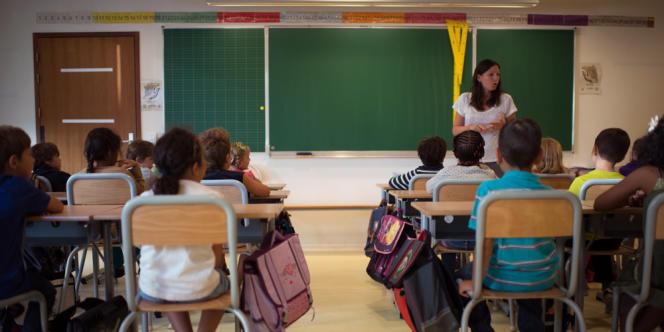 Premier jour de classe dans une école de la région parisienne, le 3 septembre.