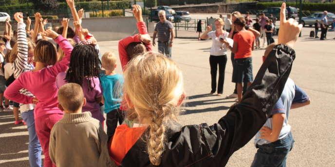 Dans une école à Longny-au-Perche, dans l'Orne