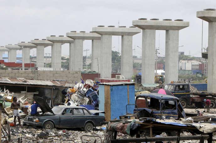 Construction d'un pont routier à Lagos, au Nigeria. La société française Wendel est prête à miser sur les nombreuses infrastructures qui restent à financer.