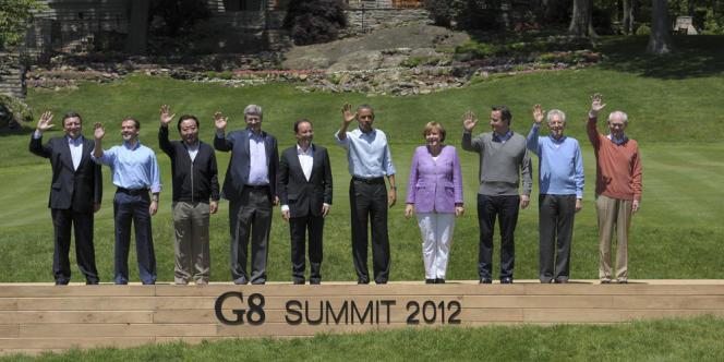 Photo de famille à l'issue du sommet du G8 à Camp David, le 19 mai 2012, qui s'est déroulé en l'absence du président russe Vladimir Poutine.