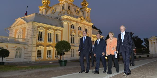 Le premier ministre britannique David Cameron, le président François Hollande, la chancelière allemande Angela Merkel, et le président du conseil européen Herman Van Rompuy, au sommet du G20, à Saint-Pétersbourg, le 5 septembre 2013.