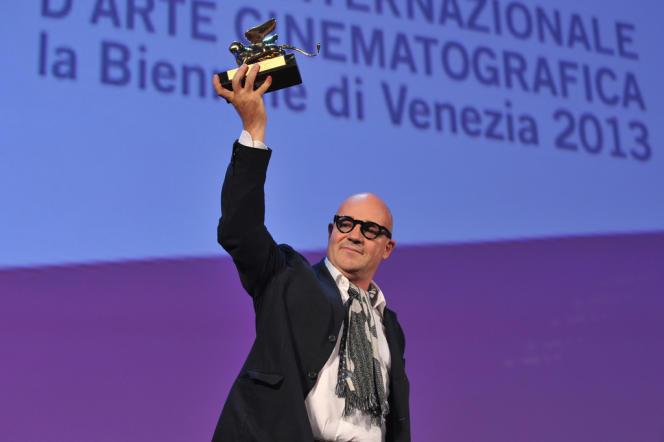Le réalisateur italien Gianfranco Rosi a gagné le Lion d'or de la Mostra de Venise pour son film documentaire