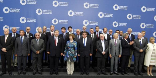 Les ministres européens des affaires étrangères à Vilnius, vendredi 6 septembre.