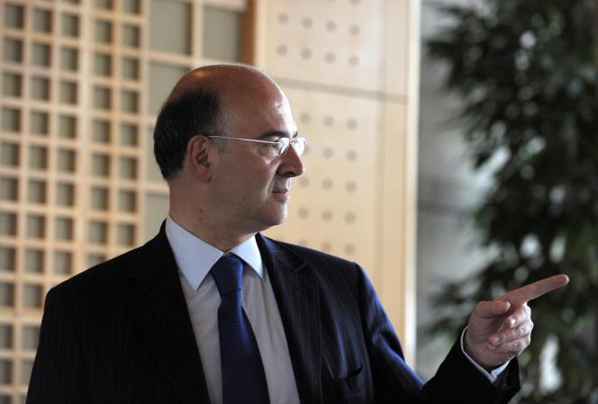 Dans un entretien au «Monde» à paraître vendredi, , Pierre Moscovici, le ministre de l'économie et des finances, admet que «le déficit budgétaire de l'Etat en 2013 sera un peu plus élevé que prévu».