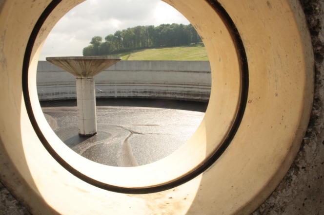 Cuve de stockage du digestat, ce qu'il reste des excréments et produits fermentés après la méthanisation. Il sert comme engrais naturel (à Viviers-au-Court dans les Ardennes).