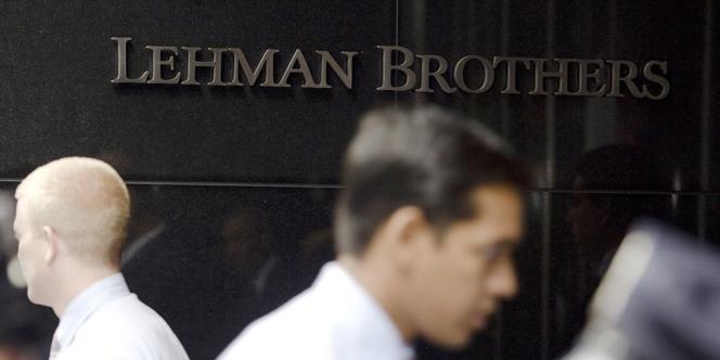 Le siège de Lehman Brothers, à New York, en 2008. La banque d'investissements a fait faillite le 15 septembre 2008.