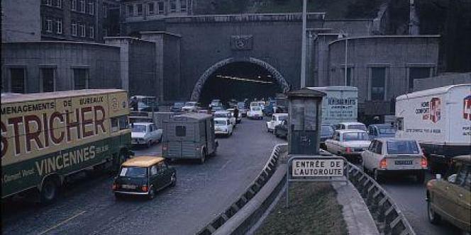 Embouteillage à Lyon au début des années 1970.