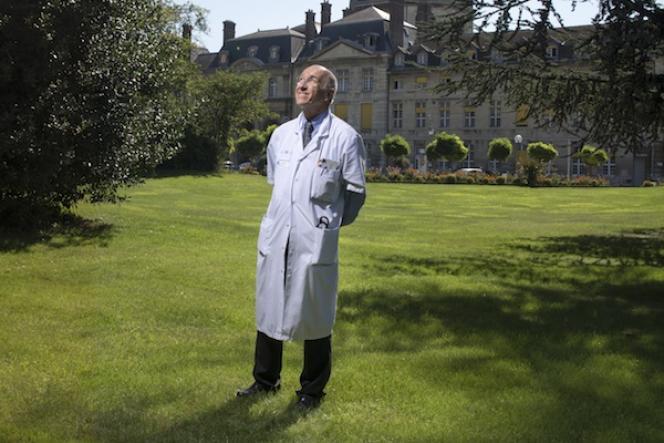 André Grimaldi.