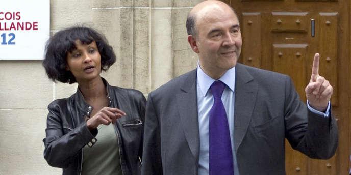 Le ministre de l'économie ne s'est pas rendu au pot de départ de son étonnante attachée de presse. Tout son cabinet était pourtant là.