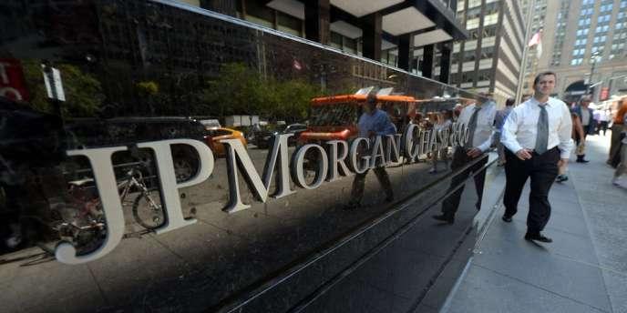 JPMorgan a précisé, jeudi 10 octobre, qu'il avait renforcé la liquidité de ses fonds monétaires, pour parer à l'éventualité d' un défaut de paiement des Etats-Unis.