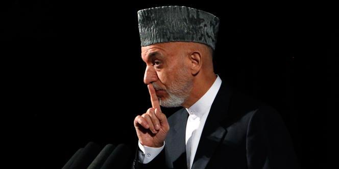 Le président afghan Hamid Karzaï, au cours d'une conférence sur la jeunesse et sur les questions nationales, à Kaboul, le 17 septembre.