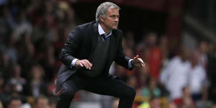 L'entraîneur de Chelsea, José Mourinho, en août 2013.
