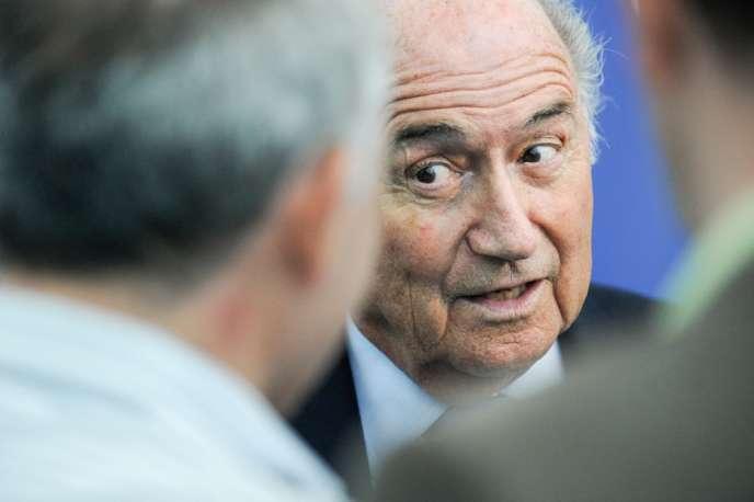 Joseph Blatter a reconnu que la décision d'attribuer le Mondial de football au Qatar en 2022 avait été influencée par des considérations politiques – ici lors d'une conférence de presse à Zurich le 3 septembre.