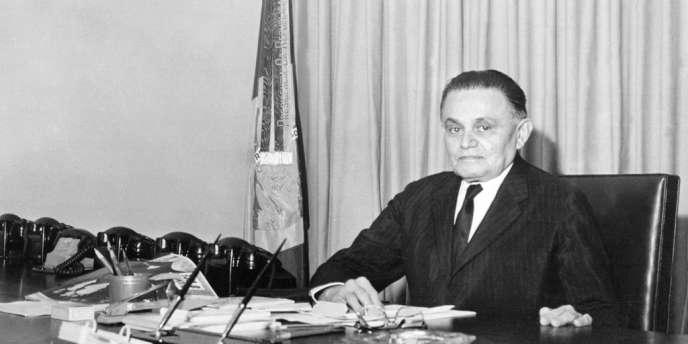 En 1964, après le coup d'Etat, Humberto Castelo Branco devint le président de la junte militaire au Brésil.